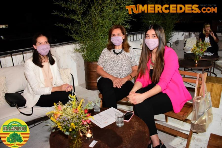 Www diario noticias noche mujeres
